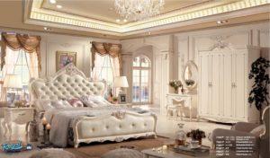 Set Kamar Tidur Mewah Putih Duco Italian Furniture Jepara Terbaru