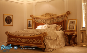 Set Tempat Tidur Mewah Raflessia Jati Klasik Ukir Jepara